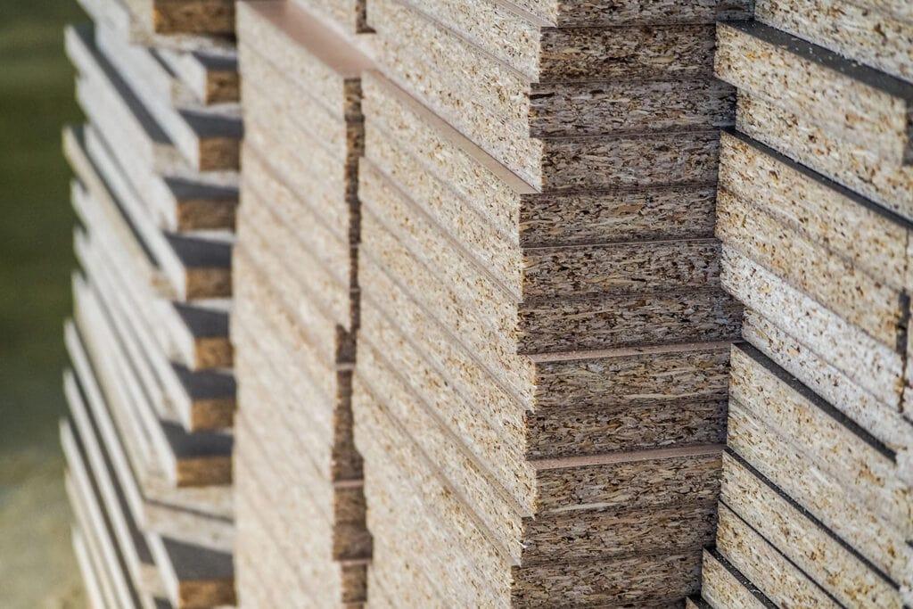 panneau bois aggloméré pour le bricolage